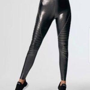 Carbon38 Dark Grey Sparkle Motto Leggings